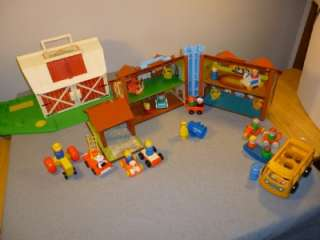 FISHER PRICE LITTLE PEOPLE~BARN~HOUSE~FIGURES~ACCESSORIES
