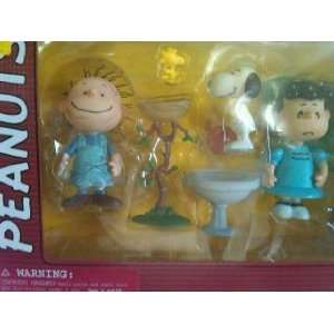 Action Figure 3 Pack with Pig Pen, Snoopy, and Lucy Toys & Games