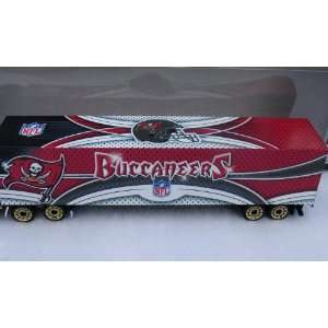 BAY BUCCANEERS NFL SEMI DIECAST TRACTOR TRAILER TRUCK by UPPERDECK